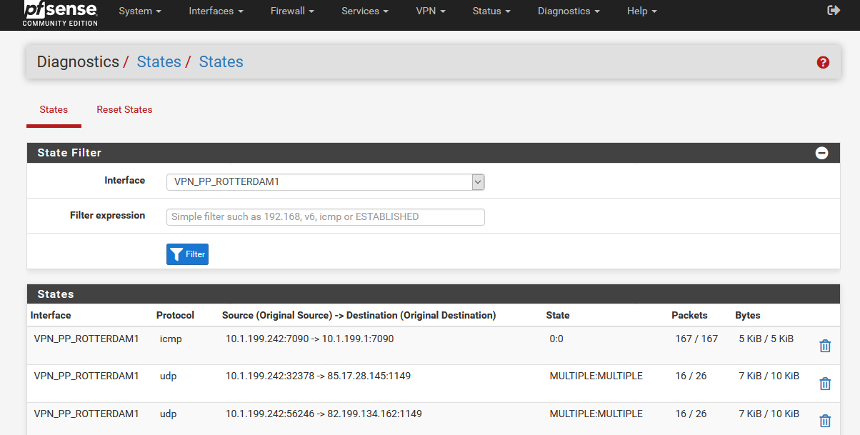 Screenshot_2020-10-29 pfSense localdomain - Diagnostics States States(1).png